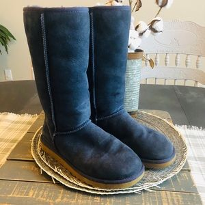 Ugg Classic Tall Size 7 Blue/Navy